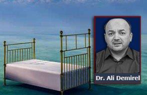 Rüyada ölmüş anne veya babayı görmek ne anlama gelir?