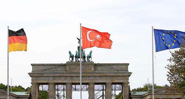 AKP'ye yakın dernekler mercek altında
