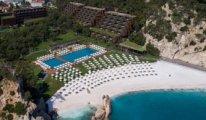 Bakan Ersoy otelinde plajı güzel göstermek için mermer tozu kullanıldığını itiraf etti