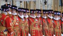Kriz onları vurdu: İngiliz kraliyet mücevher muhafızları işten çıkarılıyor
