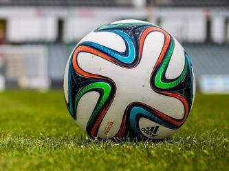 20 futbolcunun Covid-19 testi pozitif çıktı