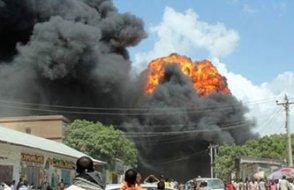 Somali'de intihar saldırısı dehşeti!
