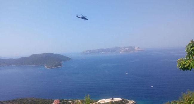 Akdeniz'de sular ısınıyor: Kaş ve Meis arasında Türkiye ve Yunan hücum botları karşıya geldi
