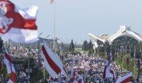Beyaz Rusya sınırlarını batıya kapatıyor