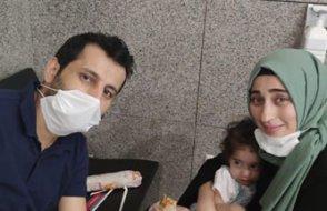 Anne baba tutuklandı, iki minik çocuklarıyla adliyede vedalaştı