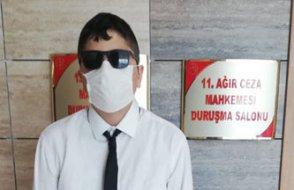 2 yıl cezaevinde kalan görme engelli gazeteci Cüneyt Arat beraat etti