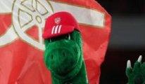 Arsenal ekonomik kriz bahanesiyle 27 yıllık maskotun görevine son verdi
