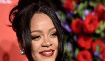 Forbes açıkladı: Rihanna resmen milyarder