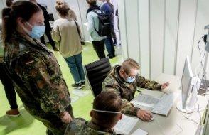 Almanya'da Corona Virüsü Salgınının yayılması durdurulmaya çalışılıyor