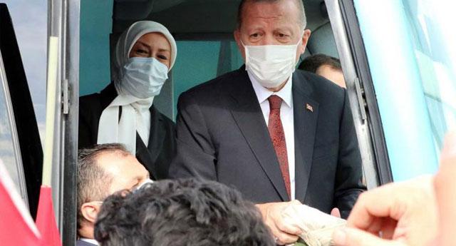 Erdoğan: Parası olmayan ülkelere yardım yapıyoruz