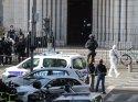 Fransa'da bıçaklı saldırı dehşeti!