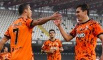 Ronaldo, Covid-19 sonrası Juventus'a gollerle döndü!