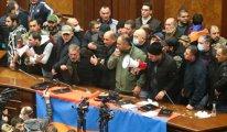Ermenistan'da binlerce insan Paşinyan'ın istifasını istedi