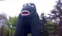 Mansur Yavaş, Melih Gökçek'in yaptırdığı 'eseri' açıkladı: 'Şişme Dinocan'