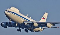 Rusya'nın ünlü  'Kıyamet Günü' uçağının telsiz donanımı çalındı