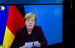 Merkel'in Prof. Şahin'i övgüsü Davos'a damga vurdu