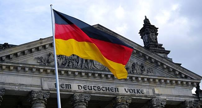 Almanya'ya seyahat etmek isteyenlere onaylı aşı şartı
