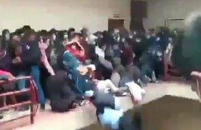 Bolivya'da korkuluk faciası: 7 öğrenci hayatını kaybetti