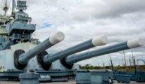 ABD'nin güdümlü füze kruvazörü Karadeniz'e girdi Rusya alarma geçti