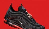 Nike, insan kanından ayakkabılara karşı açtığı davayı kazandı