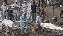 Hindistan'da yakınlarının Ganj Nehri'ne bıraktığı onlarca ceset kıyıya vurdu