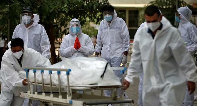 Korona'ya yakalanan her 100 kişiden ikisi hayatını kaybetti