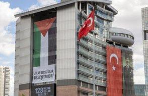 CHP binasına Filistin bayrağı asıldı