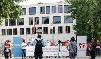 Berlin'deki Türkiye Büyükelçiliği önünden Dünya'ya çağrı: Orhan İnandı bulunsun