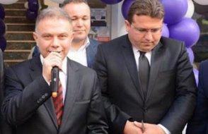 AKP'li başkanın yanında el pençe duran savcı Ceza Tevkif Evleri Genel Müdür Yardımcısı oldu