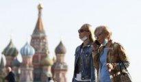 Rusya'da Covid-19 vaka ve ölüm sayısı hızını artırıyor