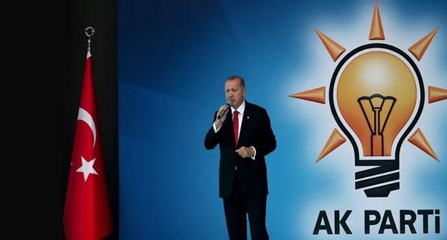 Ünlü araştırmacıdan AKP ile ilgili şok sözler : Çözülme var sorgulama başladı