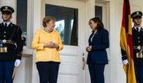 Merkel, ABD Başkan Yardımcısı ile bir araya geldi