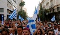 Zorunlu Covid-19 aşısı kararı Atina'yı karıştırdı