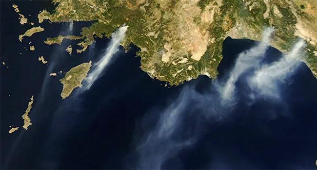 NASA orman yangınlarının ürkütücü uydu fotoğraflarını yayınladı