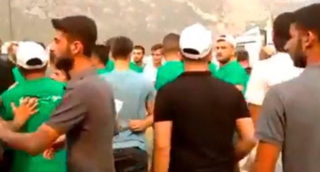 AKP Gençlik Kolları'ndan gelenler arbede çıkardı
