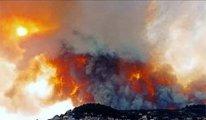 Yunanistan'da yangınlar nedeniyle Atina-Selanik yolu trafiğe kapatıldı