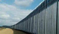 O AB ülkesi de mülteci akınına karşı sınırına duvar örüyor
