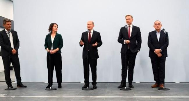 SPD-Yeşiller ve Liberaller anlaştı
