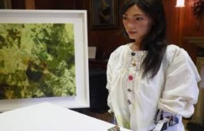 Robot ressam Ai-Da gözaltına alındı