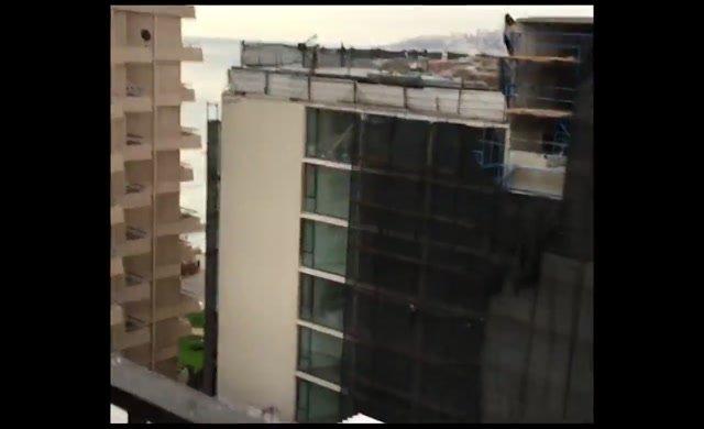 Deprem anı kameralara böyle yansıdı