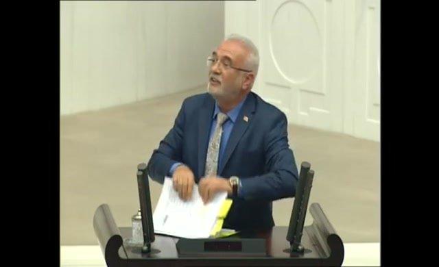 AKP'li Elitaş Man Adası belgelerini yalanlayamayınca Meclis kürsüsünden yırttı!