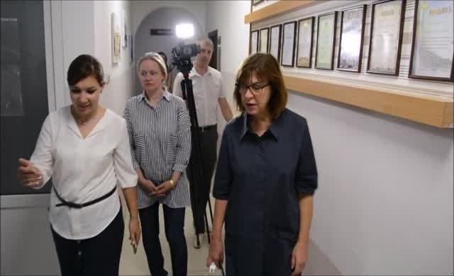 AP Milletvekili Harms Ukrayna'da Hizmet Okulu'nu ziyaret etti