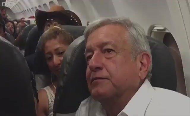 Meksika Devlet Başkanı seçilen Obrador tarifeli uçakta 3 saat bekledi, 'Başkanlık uçağını satacağım' diyor