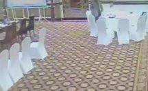 Pakistanlı üst düzey yetkili, misafir Kuveytli delegenin cüzdanını çalarken yakalandı