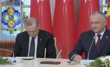 Erdoğan basın toplantısında uyudu