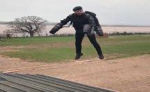 İngiliz ordusu giyilebilir jet teknolojisi Daedalus'u kullanıyor