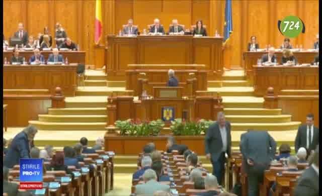 Romanya Parlamentosu'ndan: Çalmayı Erdoğan'dan öğrendiniz