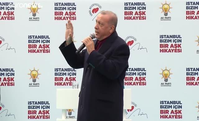 Erdoğan her yerden kaldırılan katliam videosunu miting miting izletiyor