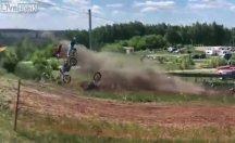 Motor yarışı çoğu yarışması başlarken bitti