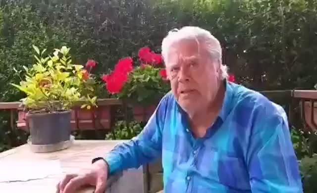 Cüneyt Arkın'dan ilginç video: Ey Amerika sen bizi ne sandın lan!